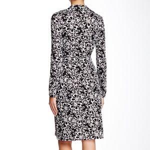 00e5d3ab5b9 Diane von Furstenberg Dresses - ⭐️HP⭐ DVF  New Jeanne Two  Wrap